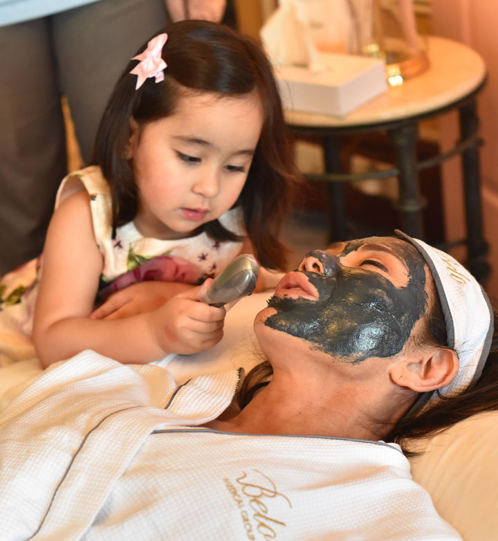 Scarlett treating Dr. Vicky Belo
